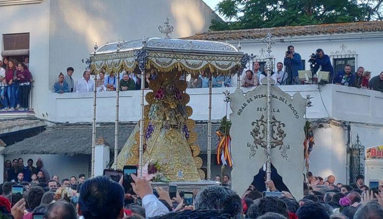 La Virgen del Rocío visita a sus Hermandades en la Romería del 2019