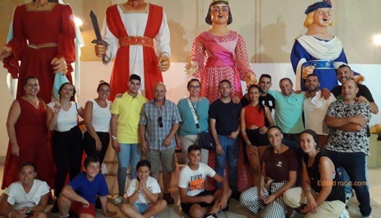 Hermandad de Isla Cristina – Desfile de Gigantes y Cabezudos del Carmen
