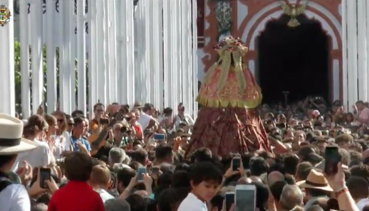 Llegada de la Virgen del Rocío a Almonte