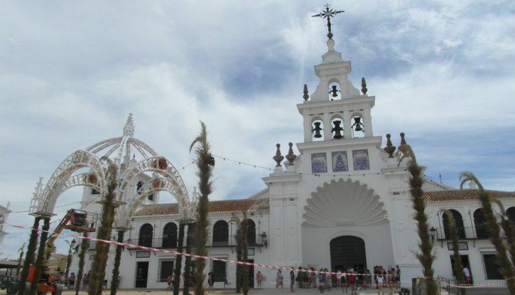 Continúan los Preparativos para la Venida de la Virgen del Rocío 2019, por Javier Coronel