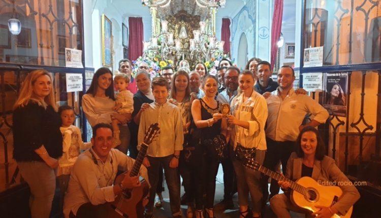Hermandad de Isla Cristina – LA CASA «LA PICARONA » CANTA LA SALVE EN ISLA CRISTINA