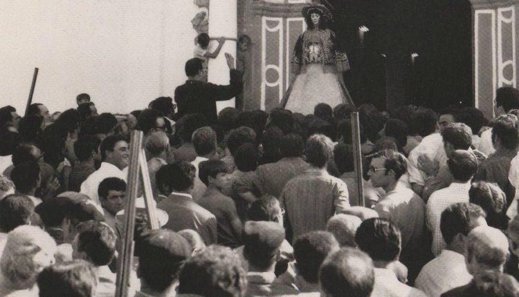 Salvas de Honor a la Virgen del Rocío – Un tradición centenaria que no debe perderse nunca.