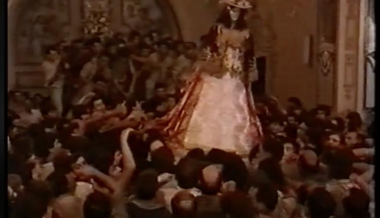 Imágenes inéditas de la Santísima Virgen del Rocío en 1991 por Javier Coronel