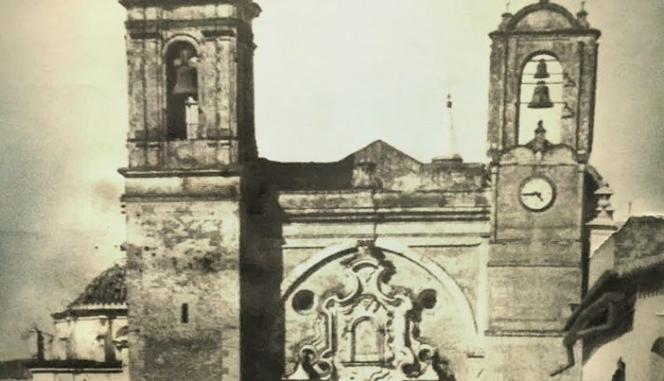 El Traslado de la Virgen del Rocío y la Feria local de Almonte