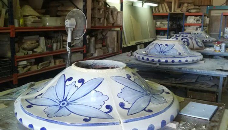 Nuevas piezas sustituirán toda la cerámica exterior del Santuario de Ntra. Sra. del Rocío