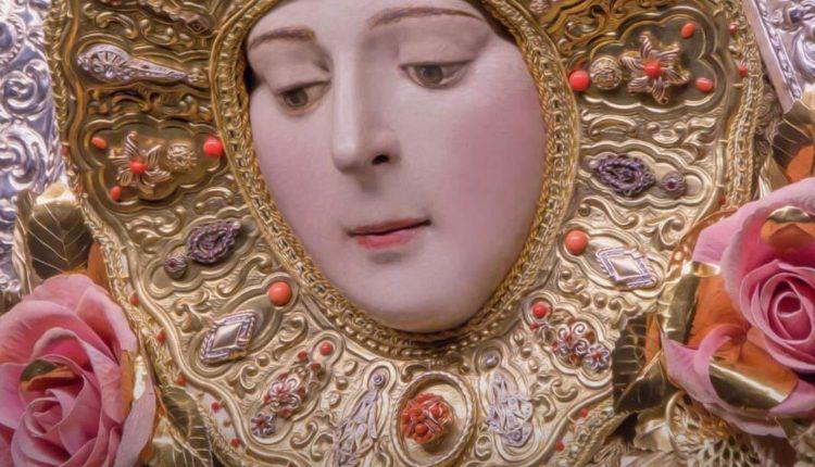 Ofrenda Floral a la Virgen del Rocío 2020
