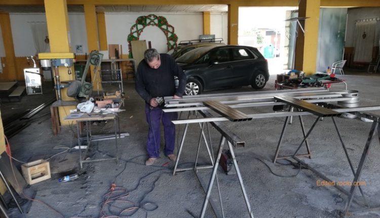 Emigrantes continúa trabajando para terminar su casa de hermandad en el paseo de La Glorieta