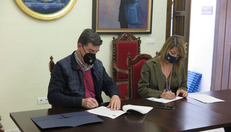 Hdad. Matriz – Firma del convenio con la autoridad Portuaria de Huelva