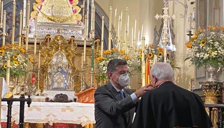 El Cardenal Amigo Vallejo nombrado Hermano de Honor de la Matriz de Almonte