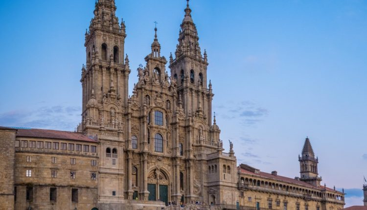 Hermandad Matriz – Camino del Rocío a Santiago de Compostela